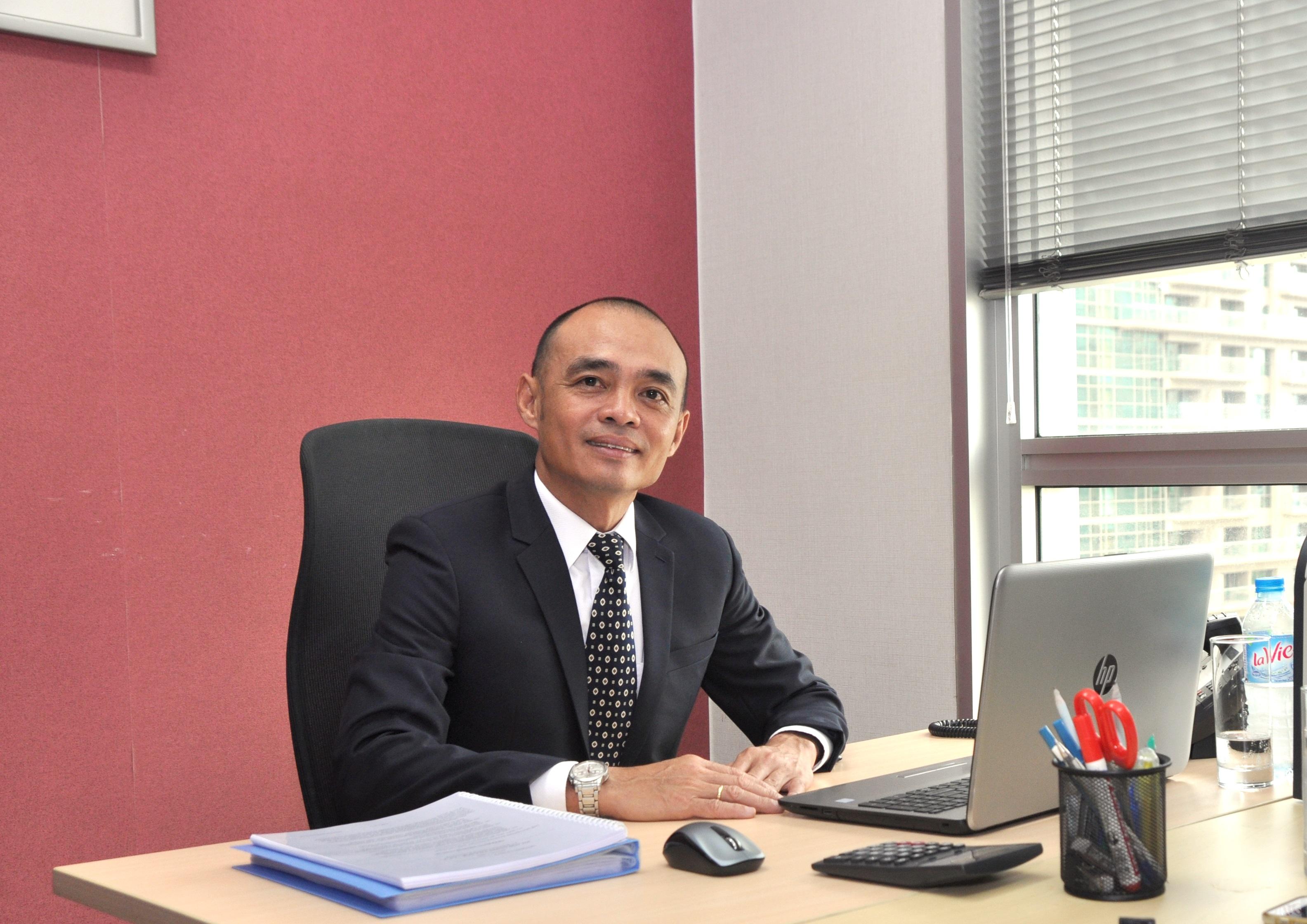 Mr Brady Phạm, Giám đốc Công ty Top Ten Immigration